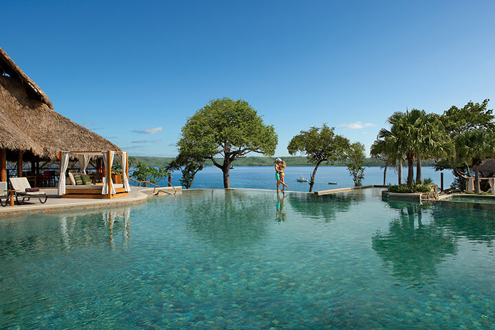 Infinity pool at the Secrets Costa Rica Papagayo