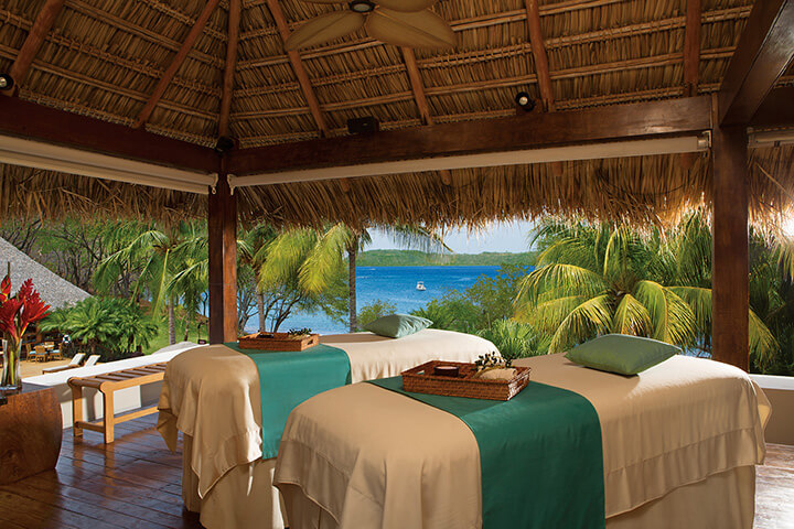 Couples massage by the ocean at the Secrets Papagayo Costa Rica