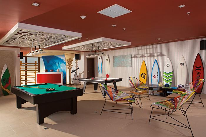 teen club at the dreams las mareas in costa rica