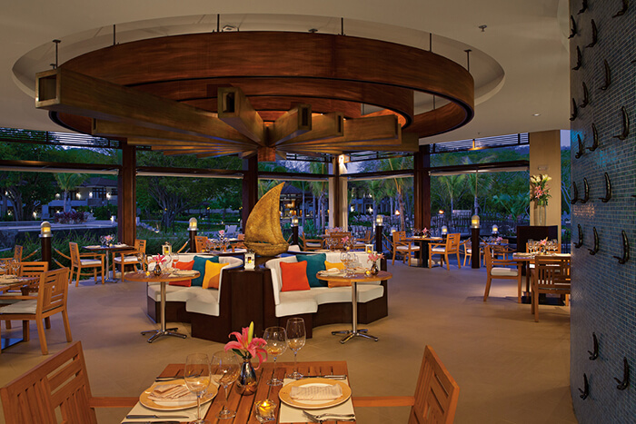 seaside grill restaurant at the dreams las mareas in costa rica