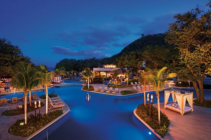 dreams las mareas pool at night