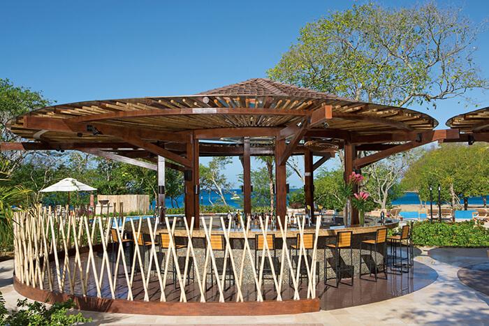 barracuda pool bar at dreams costa rica