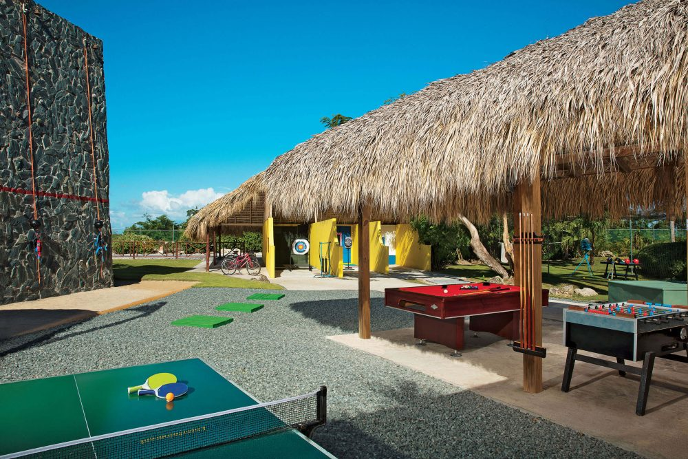 teen club at dreams punta cana