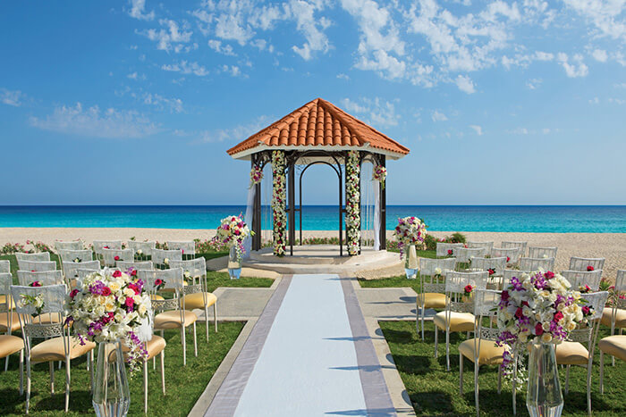 beach wedding gazebo destination wedding location in Los Cabos at Dreams