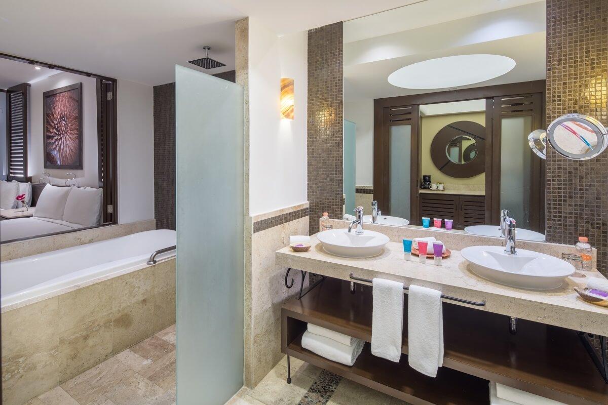 double vanity in the room at Hyatt Ziva Los Cabos