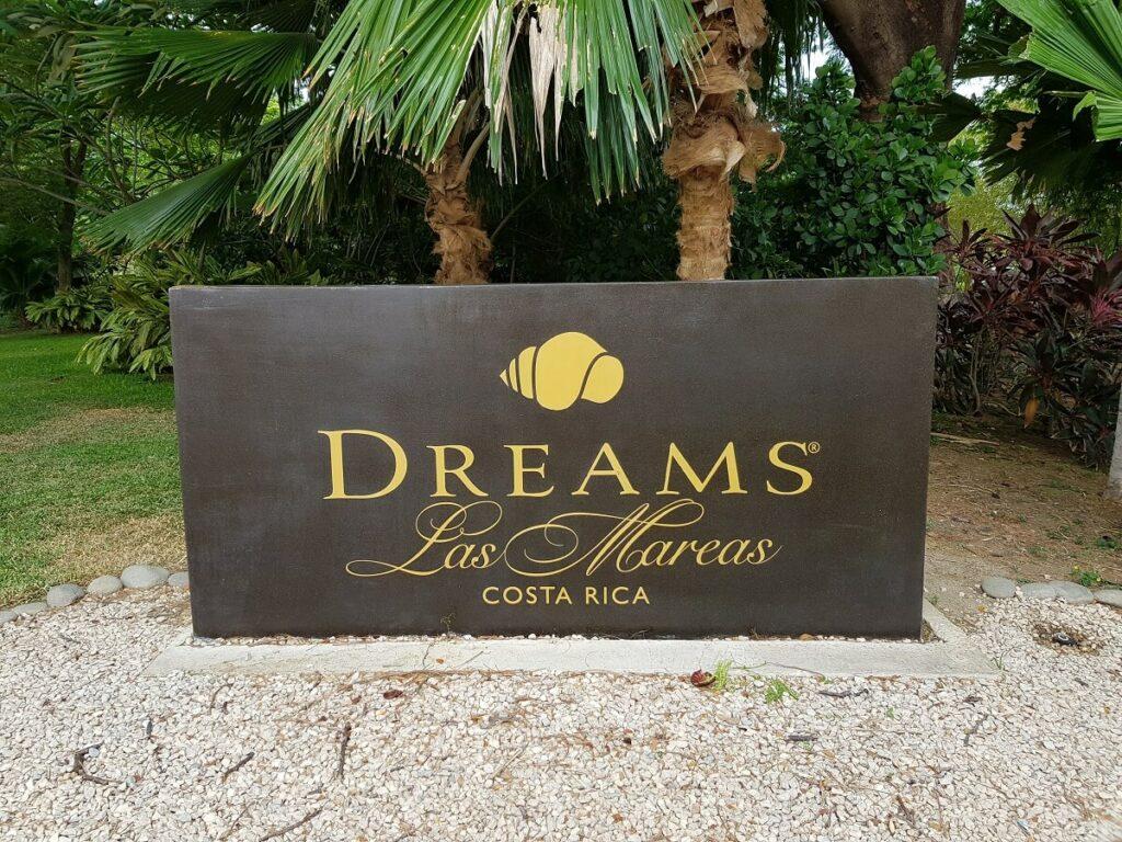 main hotel sign at entrance, dreams las mareas costa rica