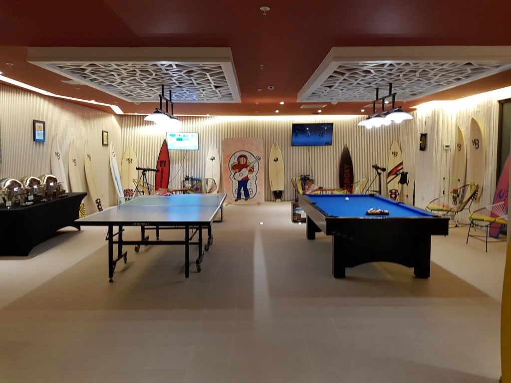 teen club are with ping pong, pool tables and other activities at the dreams las mareas hotel