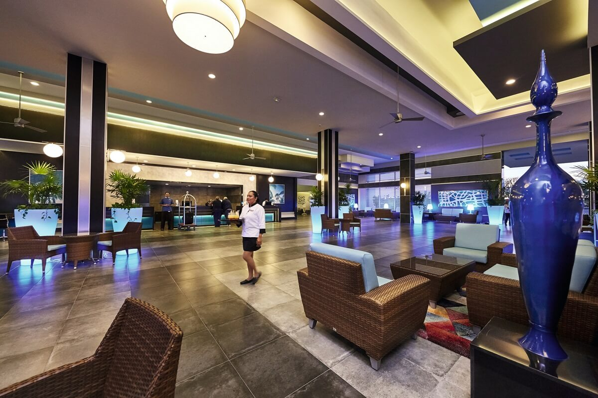 lobby area with front desk at the riu dunamar