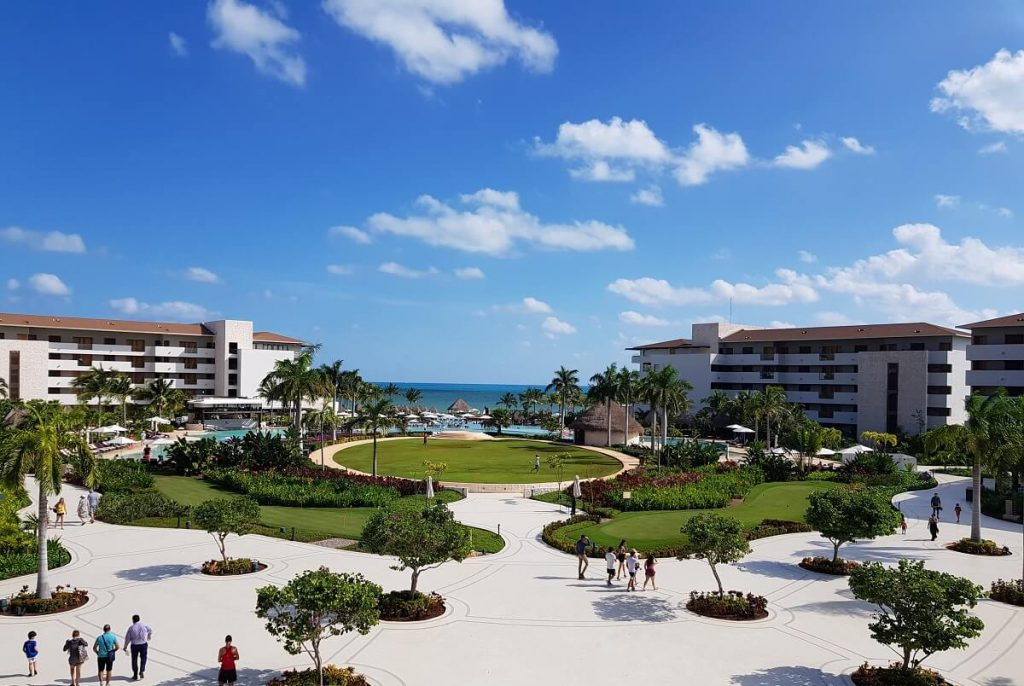 central garden area at the dreams playa mujeres