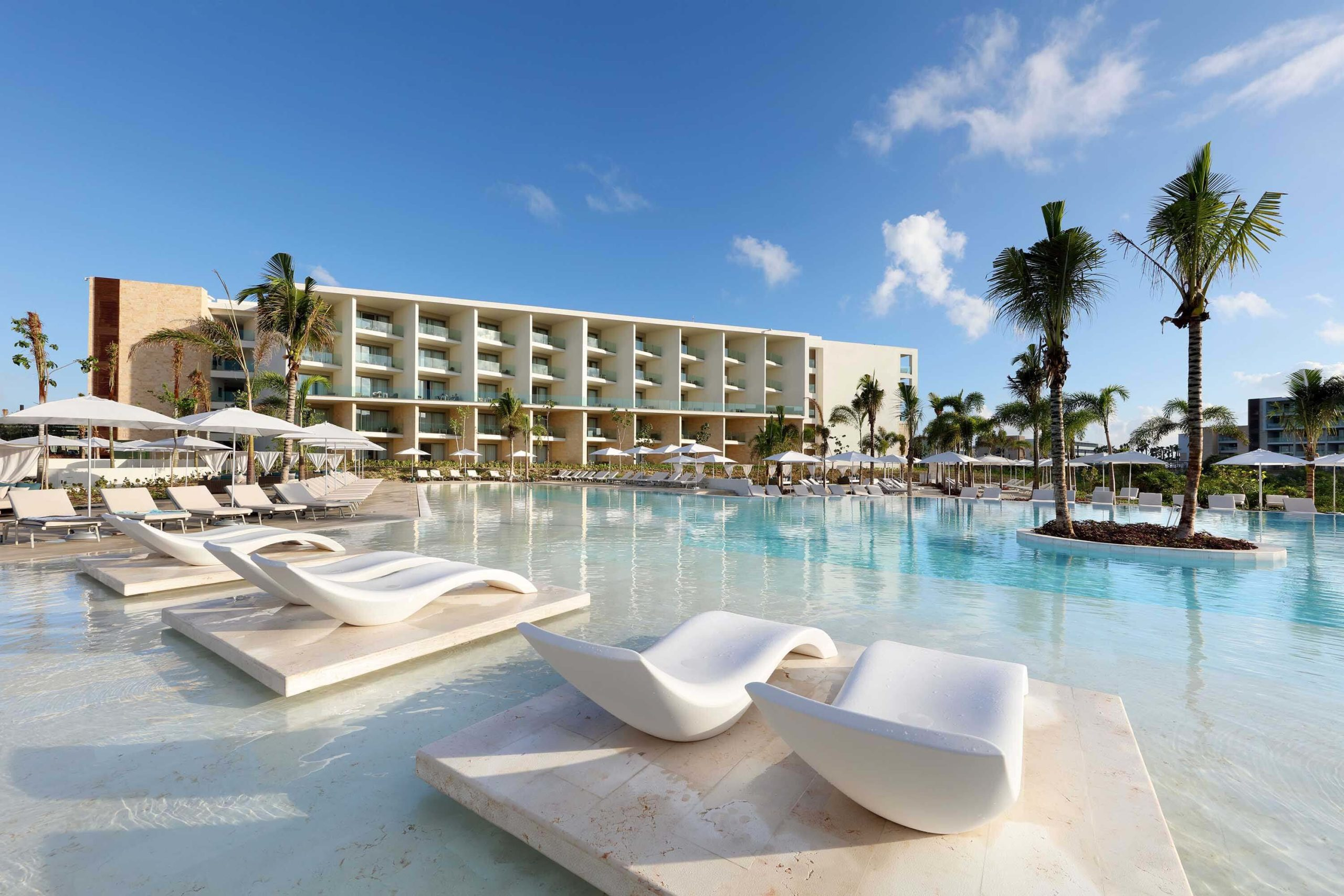 pool area with loungers Palladium Costa Mujeres