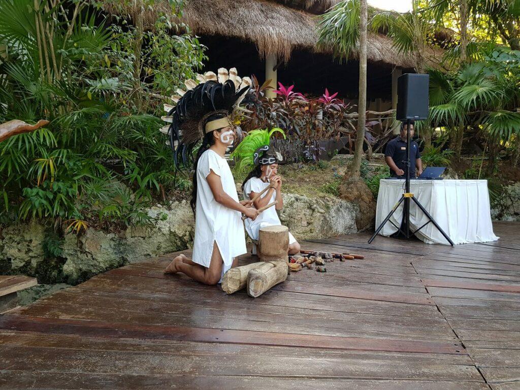 mayan drummers at the sandos caracol