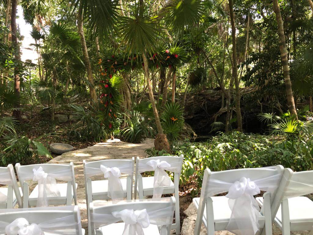 basic white wedding ceremony at the tortuga cenote, Sandos Caracol weddings