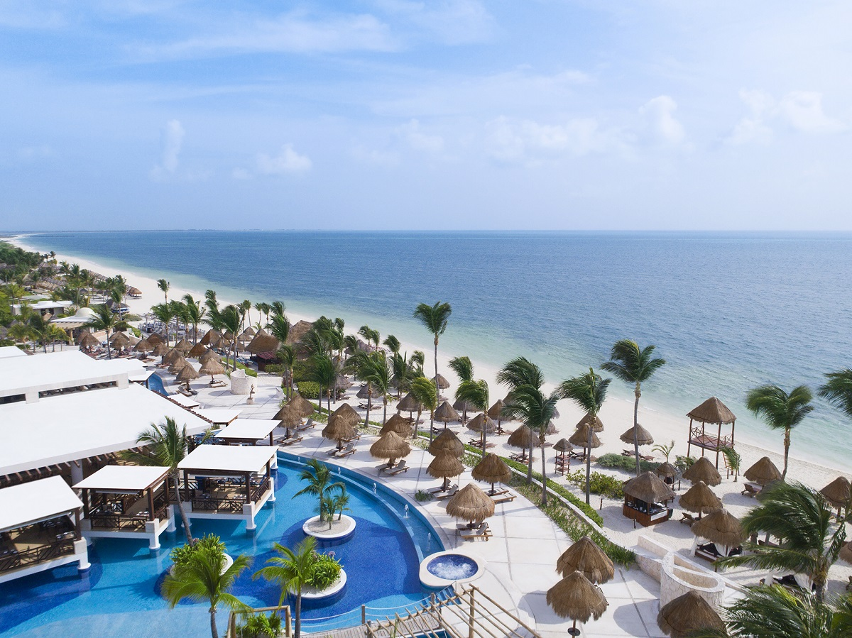 aerial view of pool and beach Excellence Playa Mujeres