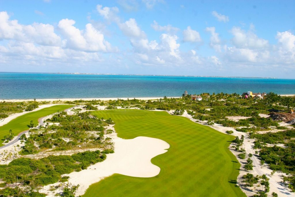 playa mujeres golf course aerial view