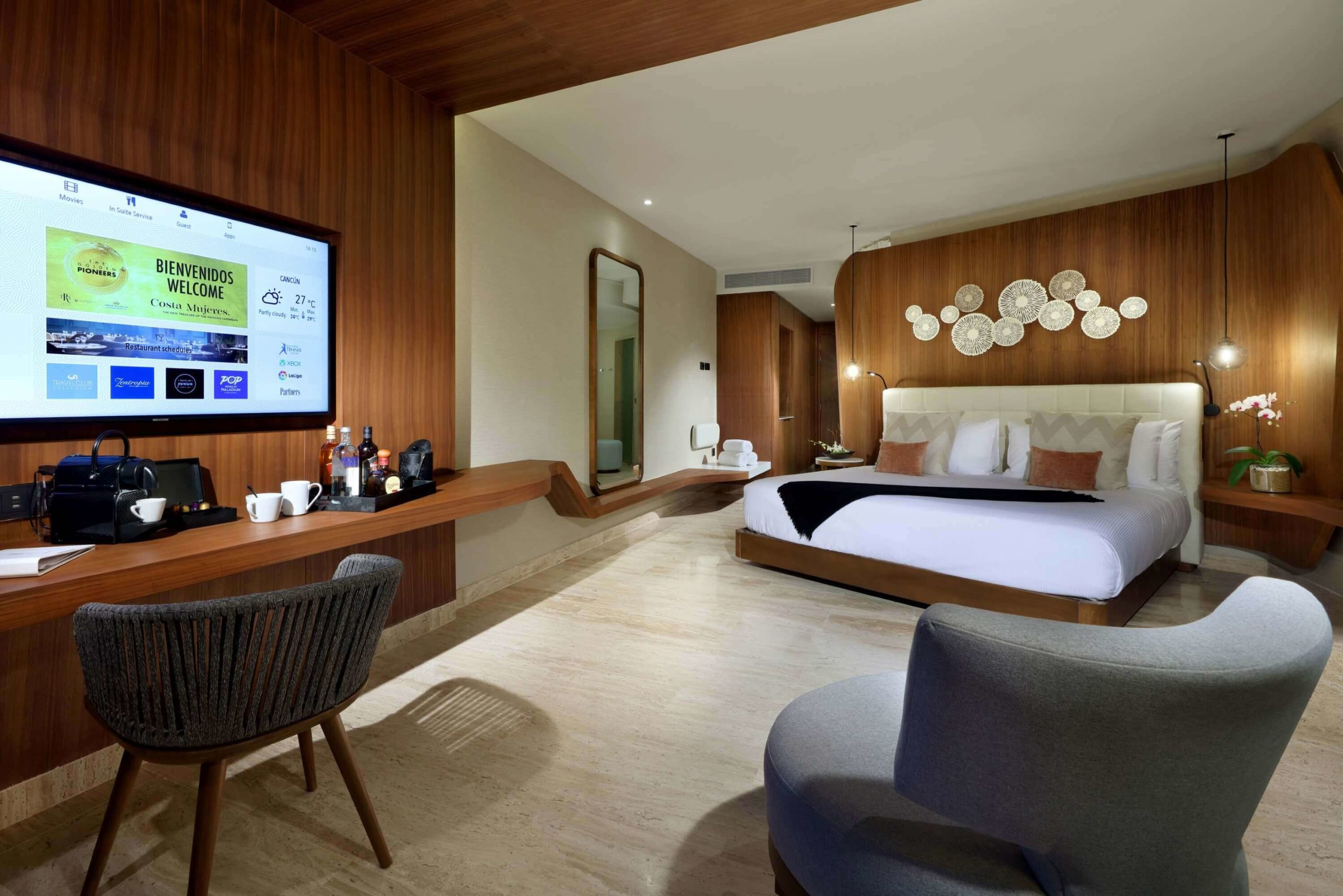 junior suite with king bed trs coral