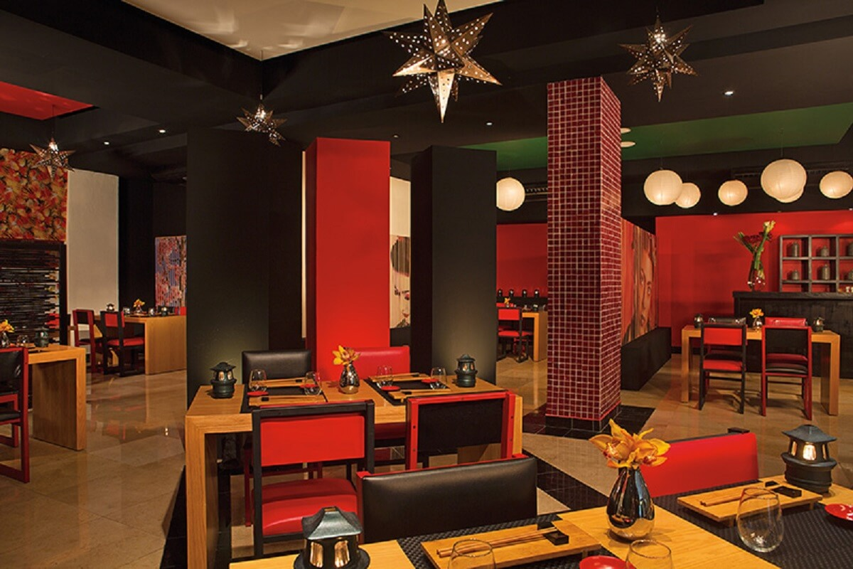 Himitsu – Pan-Asian Cuisine with red & black decor