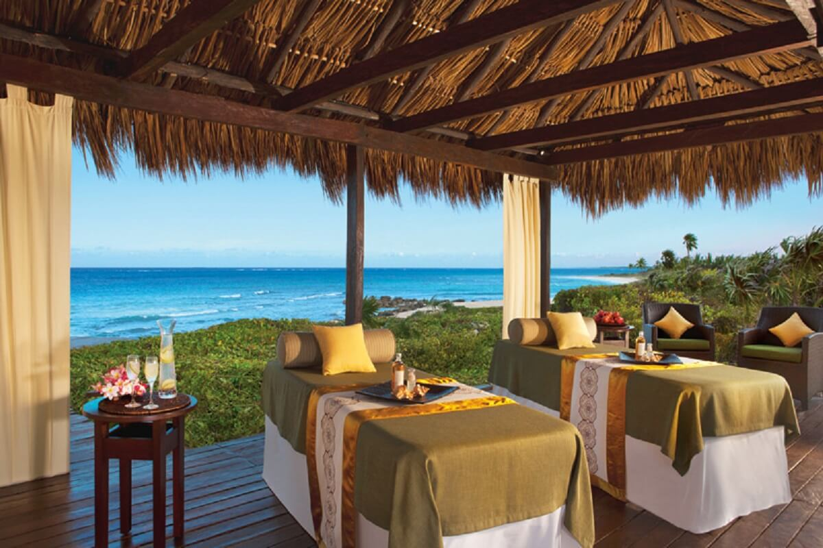 Ocean front Massage cabin at the dreams tulum