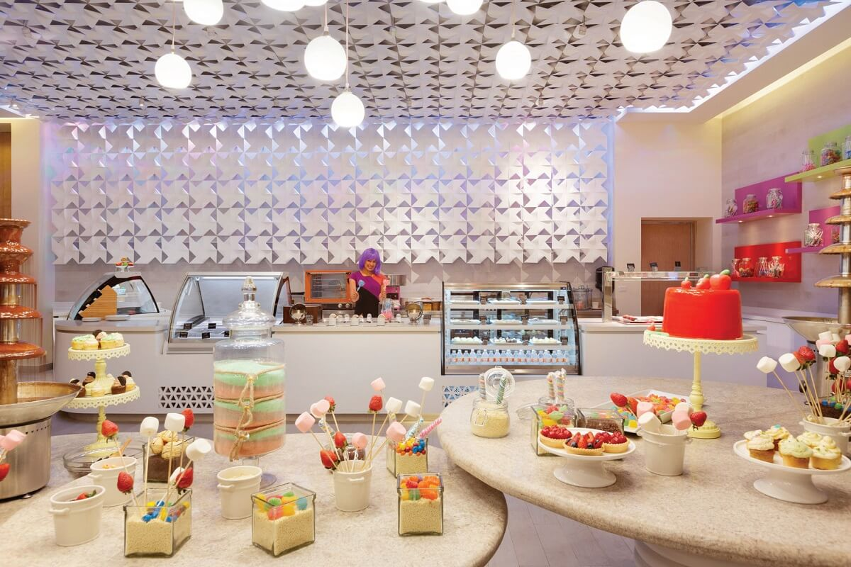 cake shop with sweets hyatt ziva cancun