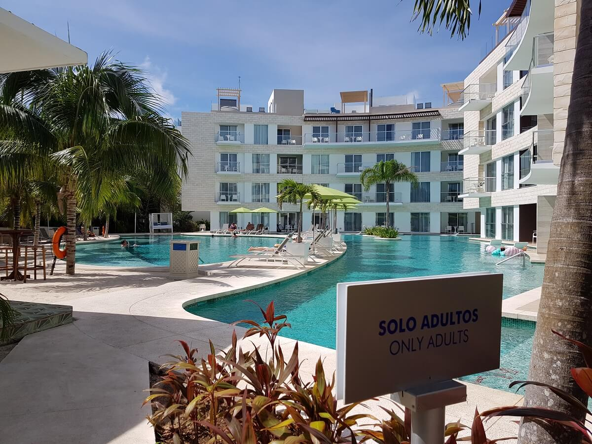 adults only swimming pool the fives beach hotel playa del carmen