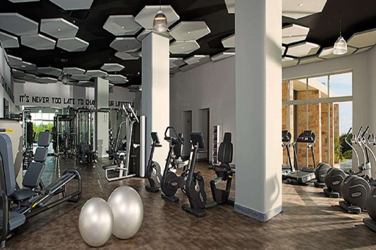 Gym at the Breathless