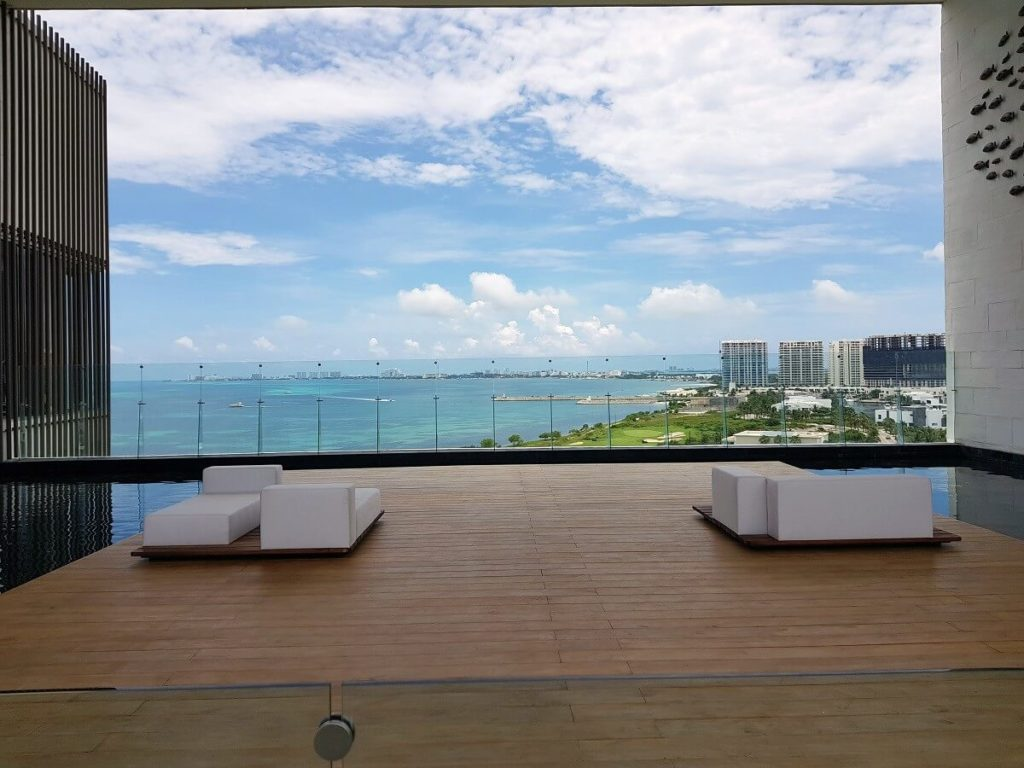 preferred club vista deck for dreams vista cancun weddings