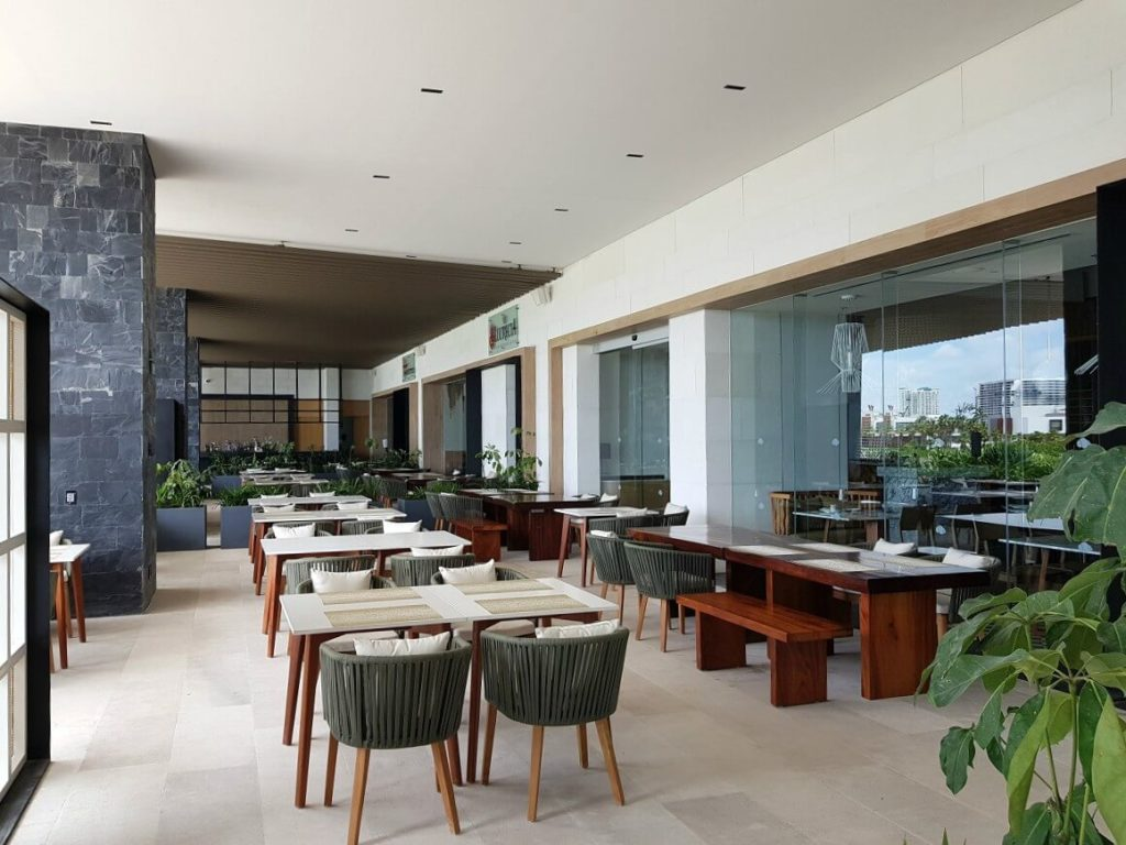 outdoor restaurant terrace area dreams vista cancun