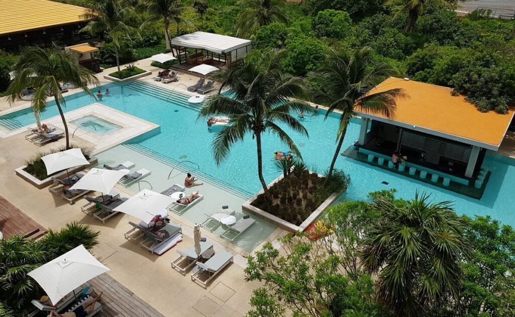 unico hotel quiet pool area