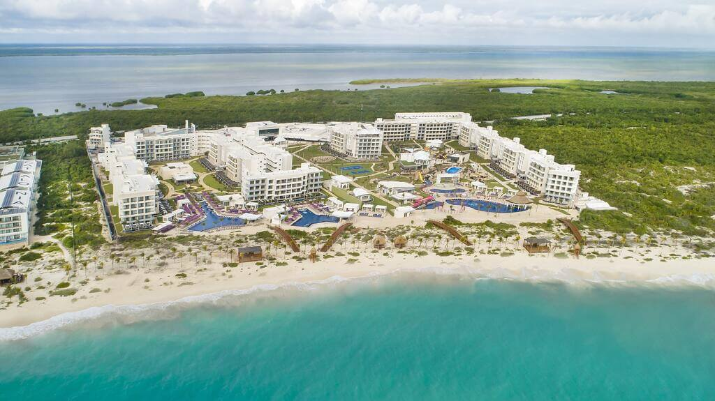 aerial image of the Planet Hollywood Cancun
