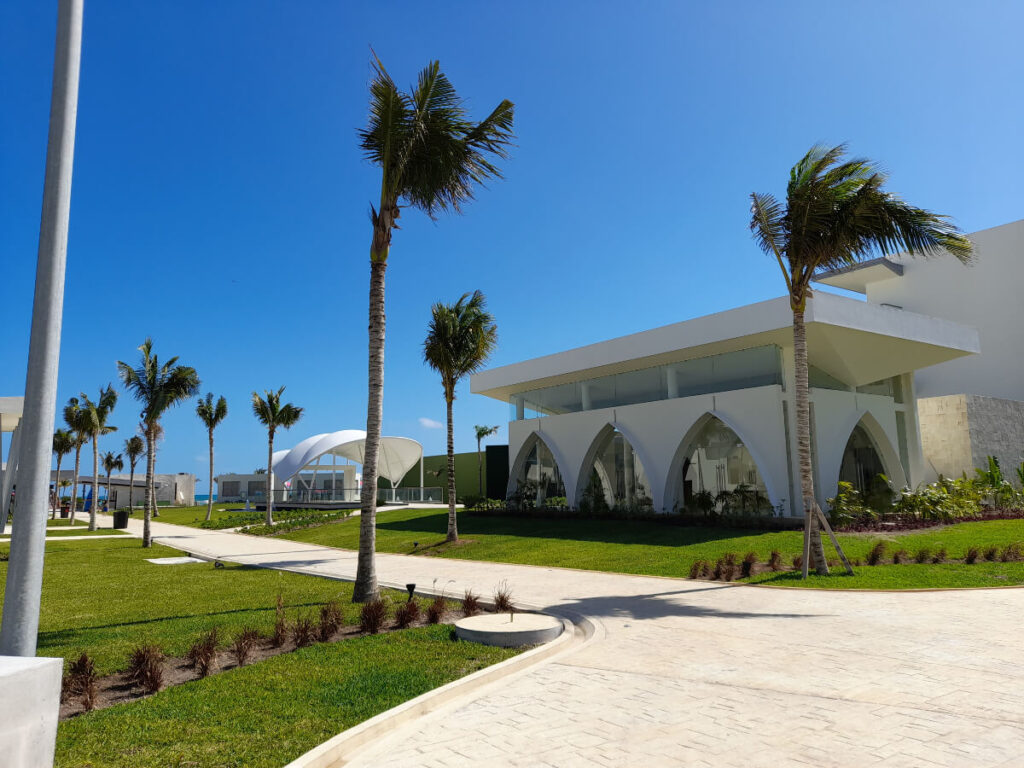 palm pavillion wedding venue with an indoor and outdoor space for events